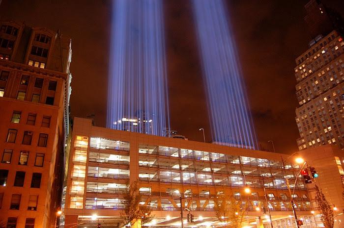 9/11, desde donde parten las luces