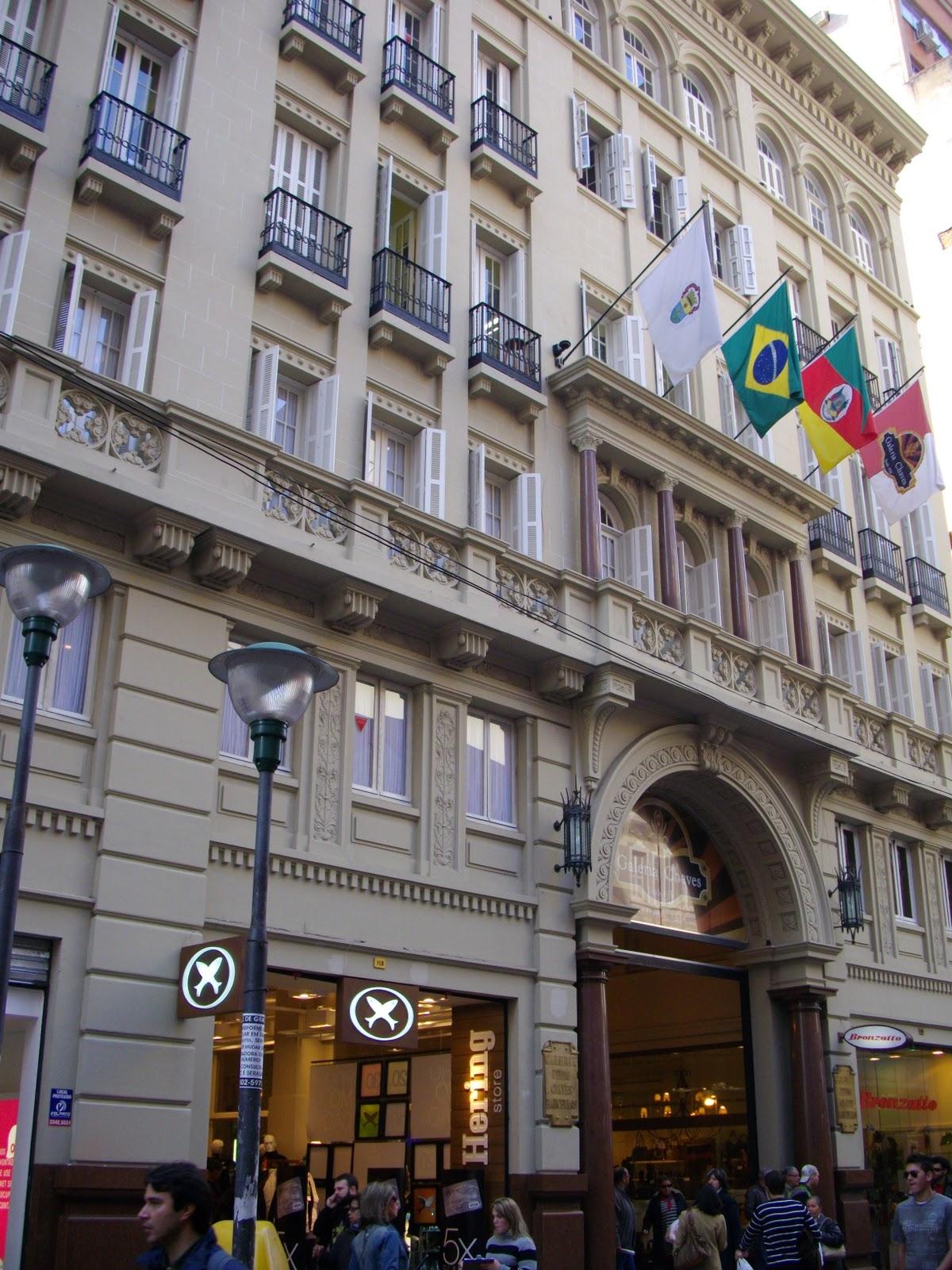 #624935 Continuando no centro mais um prédio que está em fase de  104 Janelas De Vidro Em Porto Alegre