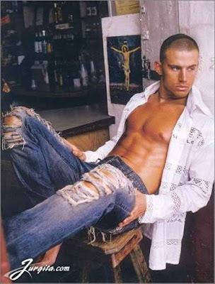 channing tatum shirtless in gi joe. Shirtlessawesometowelless