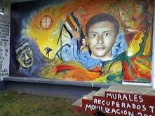 fotos tomadas de murales realizados en la Universidad de la Frontera, en Temuko