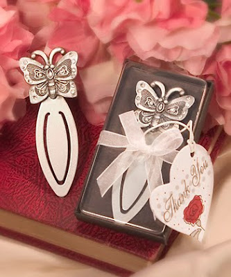 SuperGiftPlace Wedding Blog Butterfly Themed Wedding Ideas