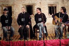 Grupul folk PLUS NOI
