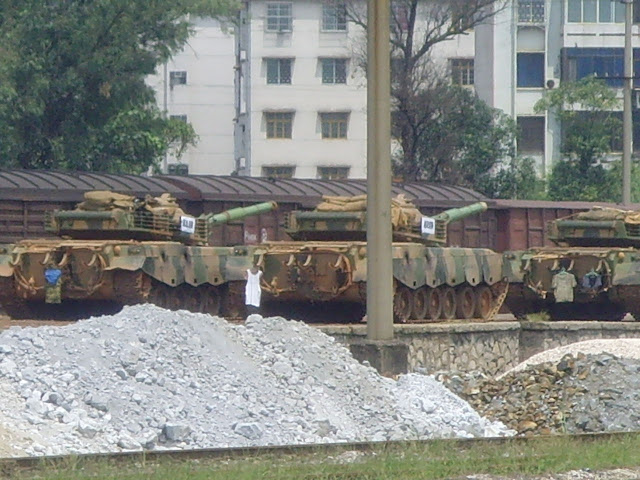 PLA's weapons and equipment ware largely mobilized