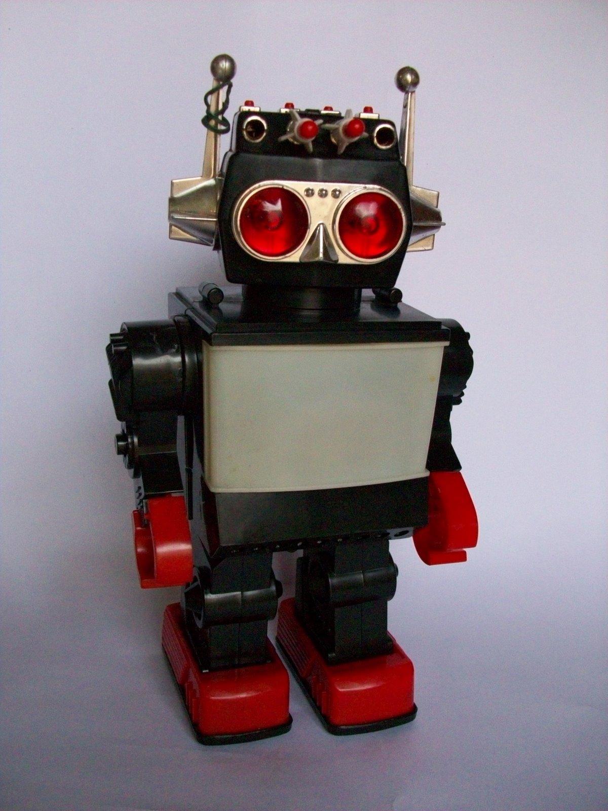 Vintage Toy Robots : Serba vintage robot saturn