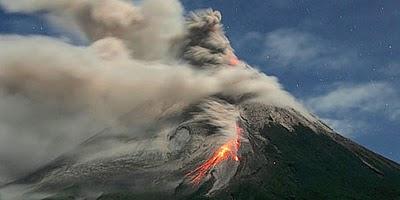 Video Gunung Merapi Meletus