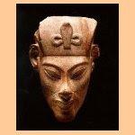 O que há entre o mito Moisés e o general militar e faraó Akenaton?