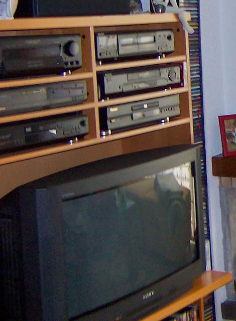 Mueble para tv audio de ikea el merkadillo vintage for Mueble para dvd