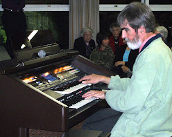Our September 2008 Special Concert Guest Artist, Richard Hore from Christchurch