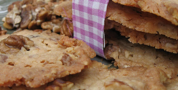 Toasted Hickory Nut Butter Cookie s - Buttery and Crispy