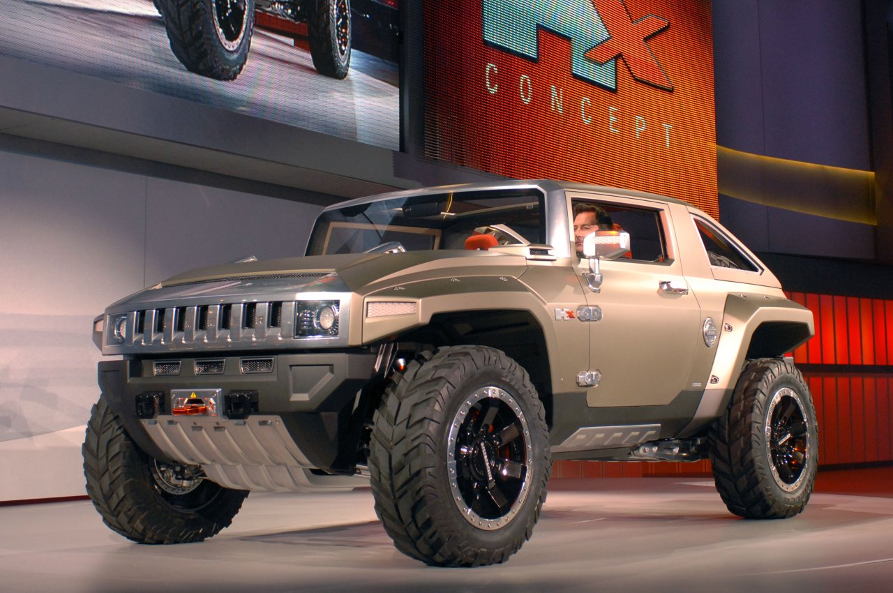 Hummer HX concept car was