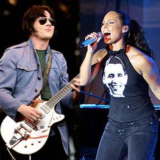 Jack White (The White Stripes) & Alicia Keys - Another Way to Die (James Bond Quantum Of Solace)
