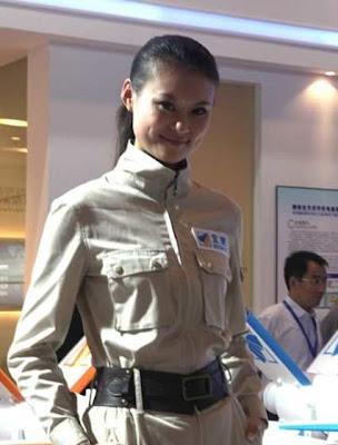 導彈模特兒 - 珠海航空展的導彈模特兒