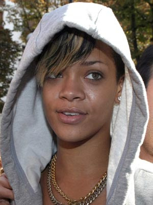 rihanna ugly face. rihanna ugly face. expose