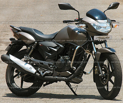 Motorcyclist At Large Tvs Apache Rtr 160 In The Full