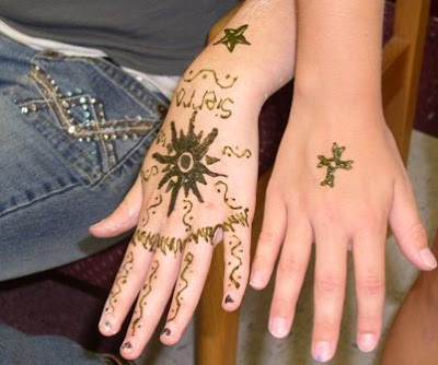 Famous Women Hand Tattoos