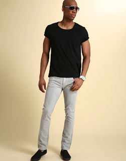 Commando Men In Jeans http://terencesambowrites.blogspot.com/2009/03/mens-skinny-jeans.html