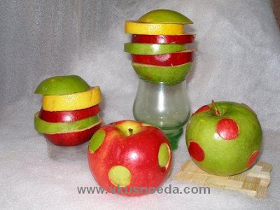 Fruit Carving Arrangements and Food Garnishes: January 2011