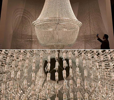 [design-fetish-tampon-chandelier.jpg]