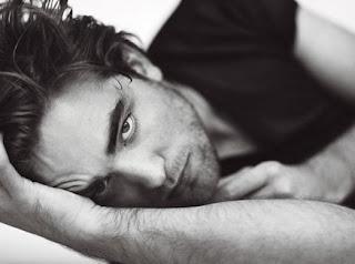 Robert Pattinson Facts on Robert Pattinson And Kristen Stewart   Twilight Cast Trivia   Robert