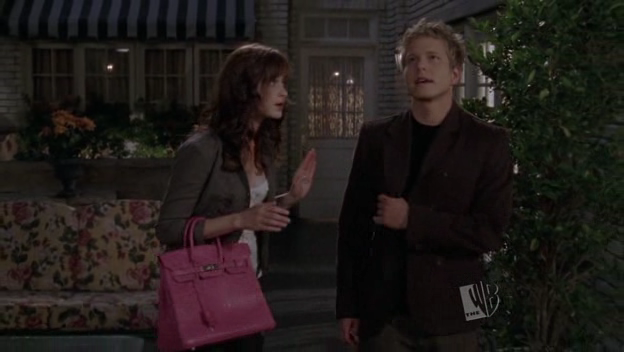 828d86af215a Rifts and Reunions on Gilmore Girls Season 6 - The Fandomentals