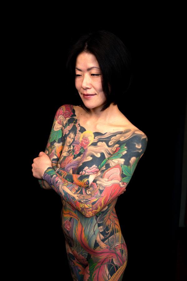 tattoo abc. Tattoos 'n V-necks