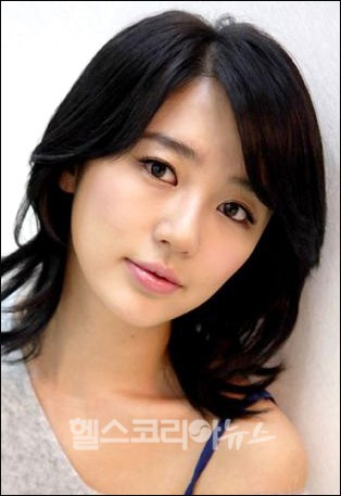 ¿Cual es tu famoso favorito? Yoon-eun-hye-lady-castle-comeback