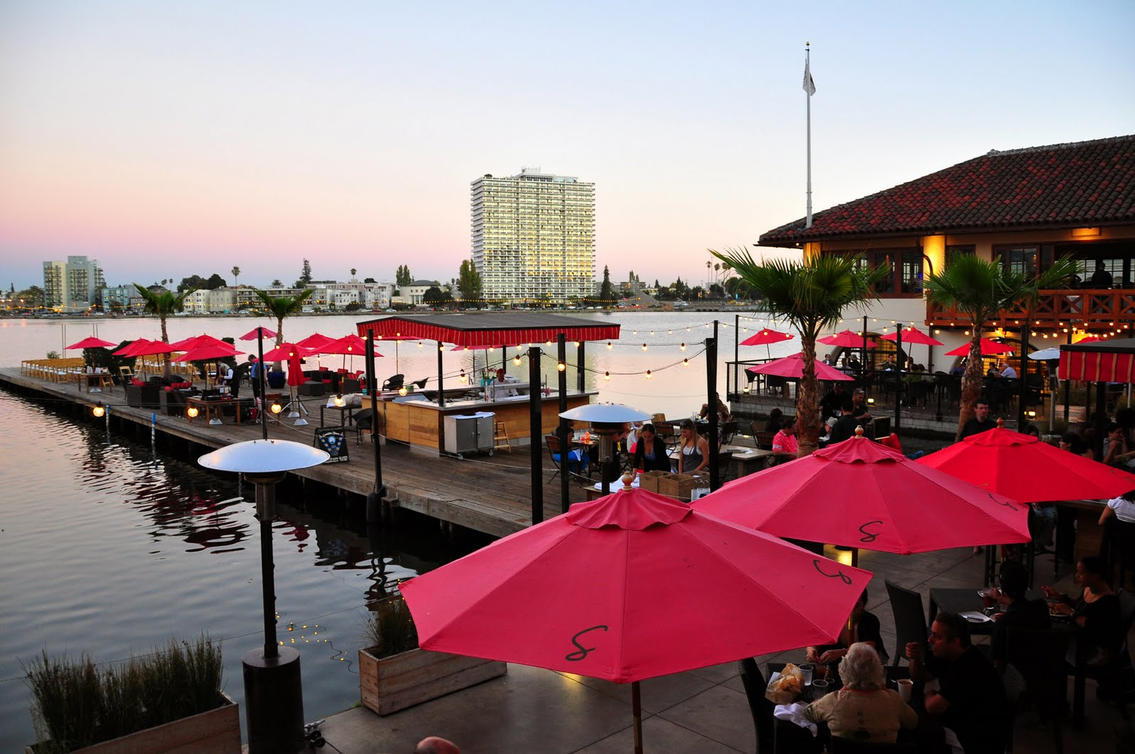 Art And Entertain Me New Chef At Lake Chalet Seafood Bar Grill In Oakland