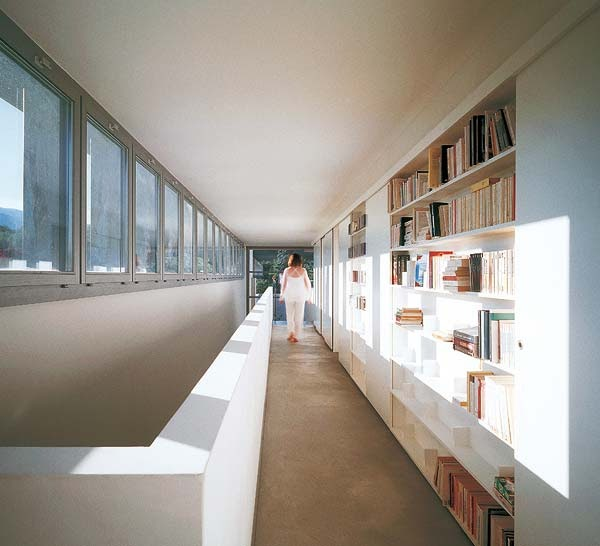 Y un poco de dise o decorar un pasillo estrecho y largo - Como decorar un pasillo largo y estrecho ...