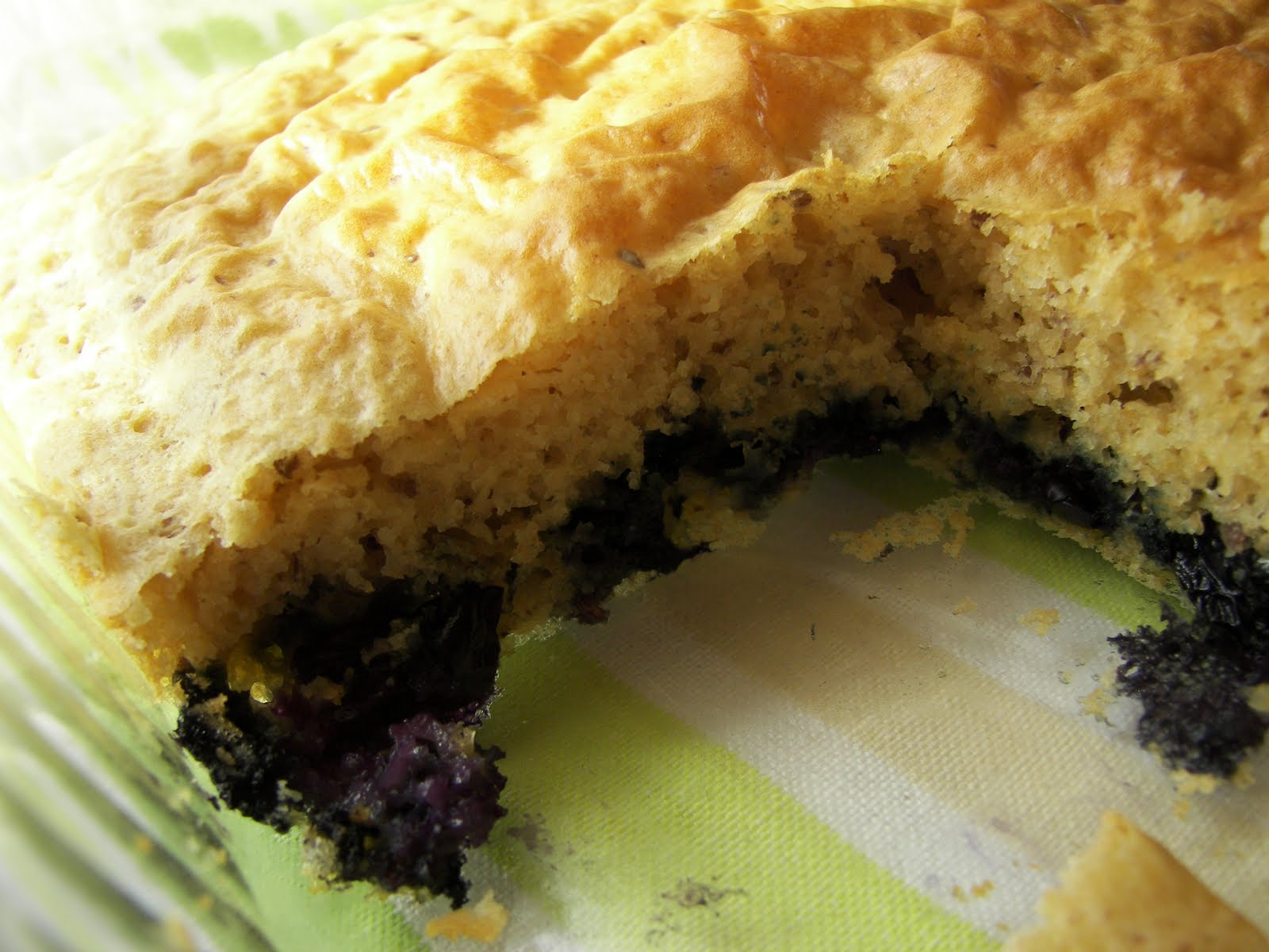 Ambition's Kitchen: OVEN BAKED BLUEBERRY PANCAKE