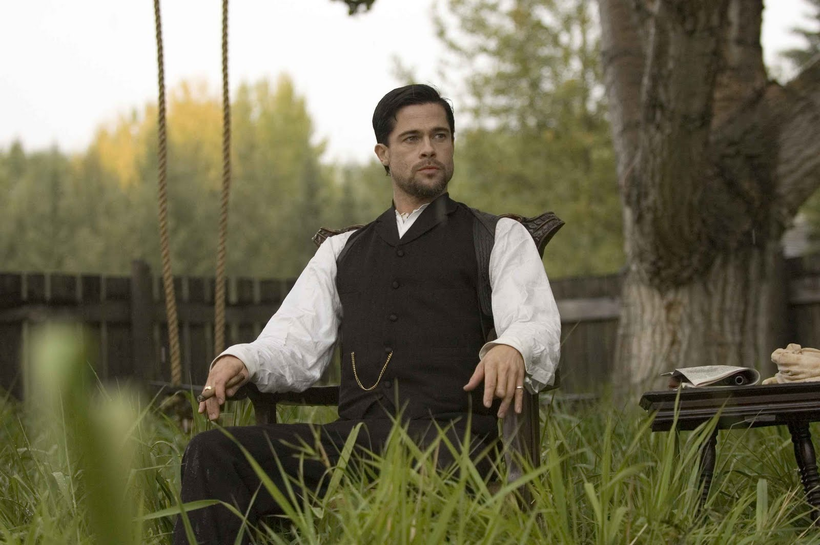 http://2.bp.blogspot.com/_R5WS6_kmmTI/TCtTXYpX2CI/AAAAAAAAw2k/tjyTyAVOr2Q/s1600/2007_the_assassination_of_jesse_james_by_the_coward_robert_ford_011.jpg