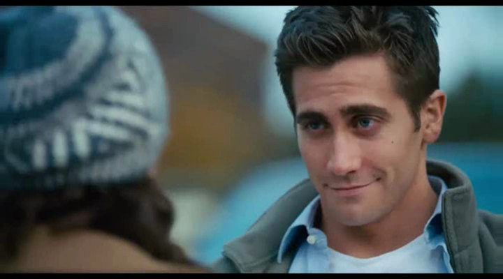 "More screencaps of ""Love and other drugs"" trailer"