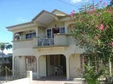 maison de 5 chambres avec Jacuzzi à louer à Yaoundé