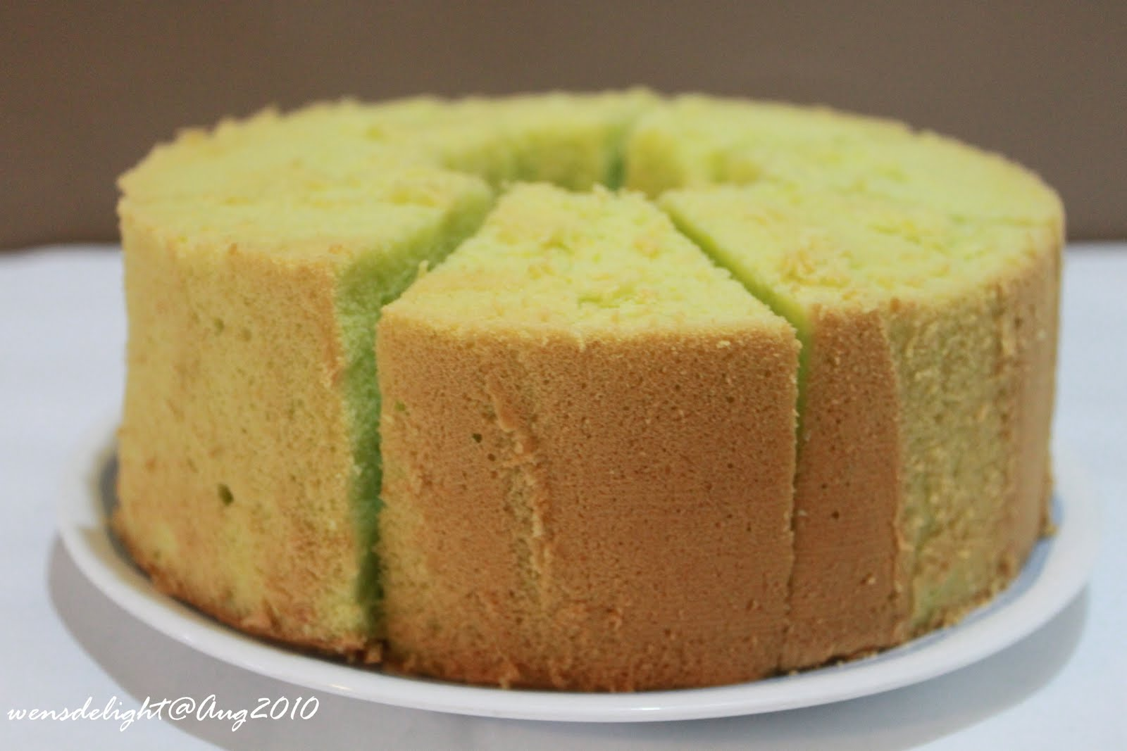 Wen's Delight: Pandan Chiffon Cake (cooking method)