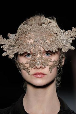 Fall 2009 Couture Valentino