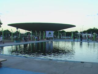 Dale tacua magazine se inaugur la piscina en centro de for Hongos de piscina
