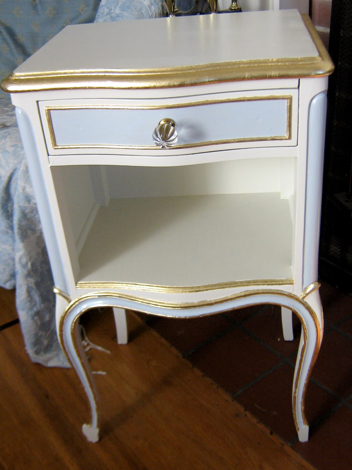 LilyOake: Hand Painted Furniture