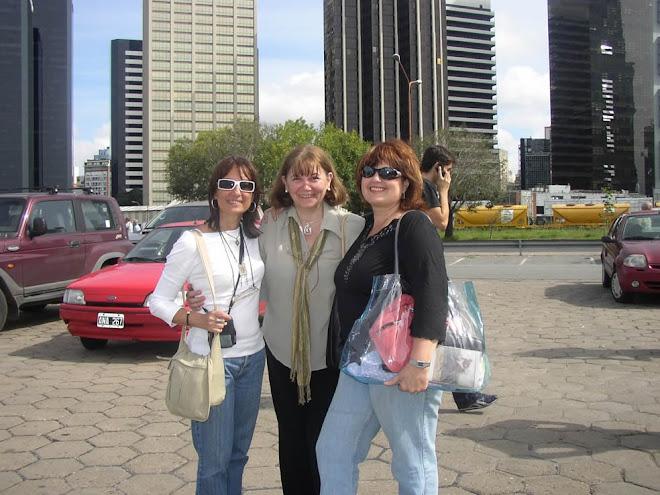 Con mis amigas en Puerto Madero