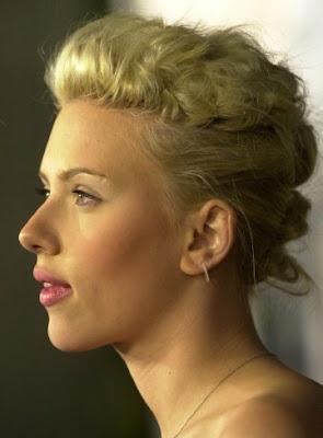 http://2.bp.blogspot.com/_R9K3ReRlin8/SUgDCnglBYI/AAAAAAAAAZQ/FJixGdRkp1A/s400/celebrity-updo-hairstyle-15.jpg