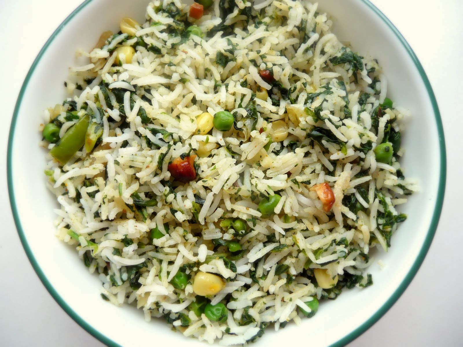 rice with spinach spinach pesto on rice spanakorizo greek spinach rice ...