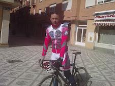 Yo, pedaleando un dia cualquiera