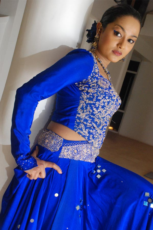 Nilanthi Dias - Popular Sri Lankan Actress & Dancer