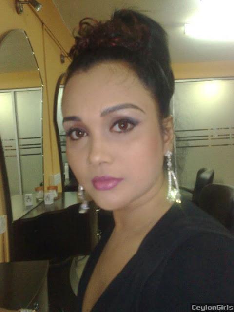 Gayathri Dias sexy photos