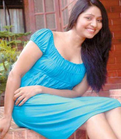 Udayanthi Kulathunga sexy dress image