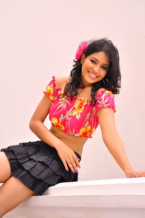 Derana Veet Miss Sri Lanka 2010 image