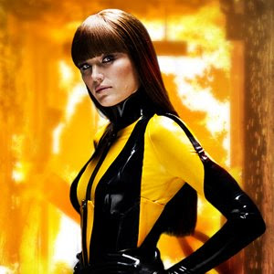 Malin Akerman as Laurie Jupiter / Silk Spectre II: In ...
