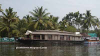kumarakom houseboats, houseboats of kerala, backwater tourism in kerala, backwater tour trip info, making houseboats