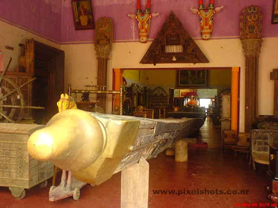 chundan valloms the kerala type timber boats used in the famous kuttanadu boat race in alapuzha for sale in an antiques shop in the old mattancherry jew street of india cochin kerala