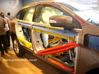 volvo XC60 safety features, crumble zones in an suv, volvos safety bars, boron steel reinforced cabin of a car, volvos roll over protection measures in xc60, safe multi utility vehicle for off road,most advanced suv, technologies in a car, mountaineering car, SUV body skeleton, strong SUV body chassis