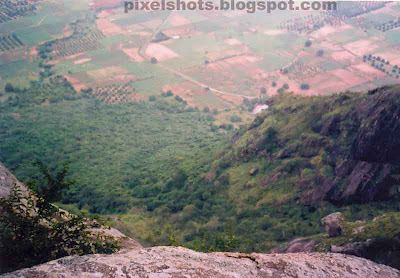 ramakkalmedu,mountain valley view from the top of ramakkalmedu mountains in kerala,a place ideal for adventure tourism in kerala