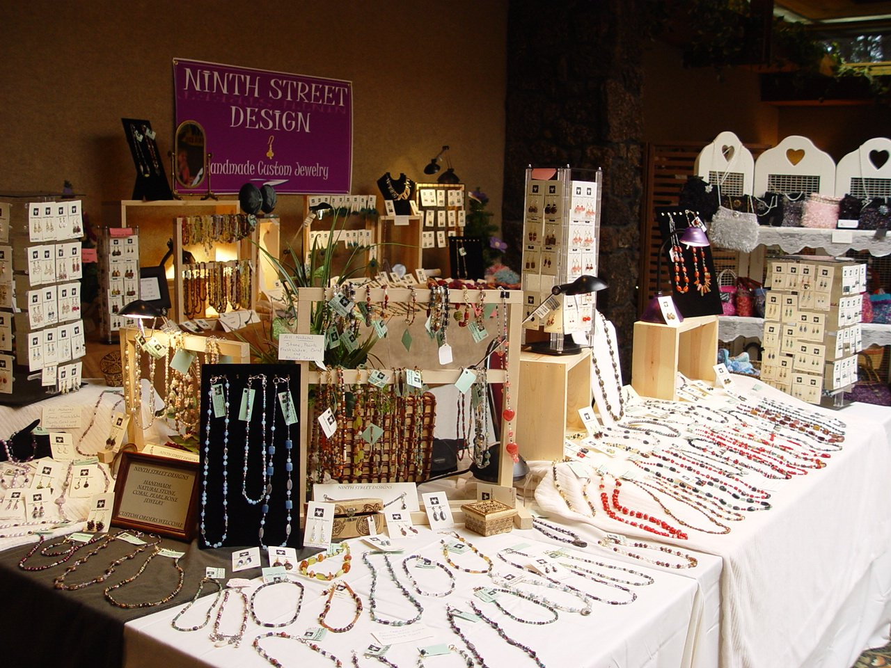 Craft show jewelry booth display ideas car interior design for Display necklaces craft fair